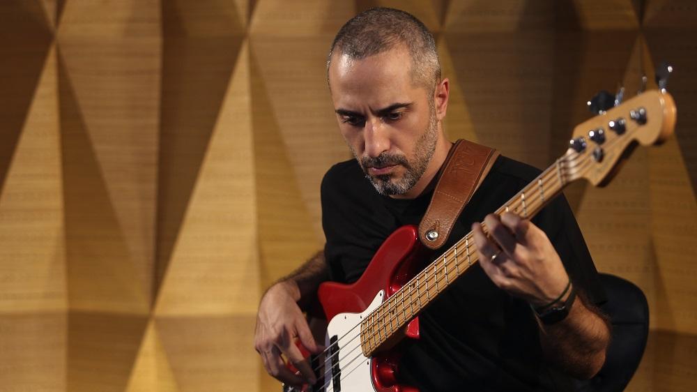 گیتار بیس ۲ (شیوه اختصاصی)-دارا دارایی